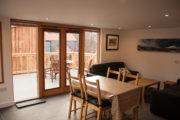 Cairnadrochit cabin living room