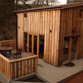 Cairnadrochit cabin exterior